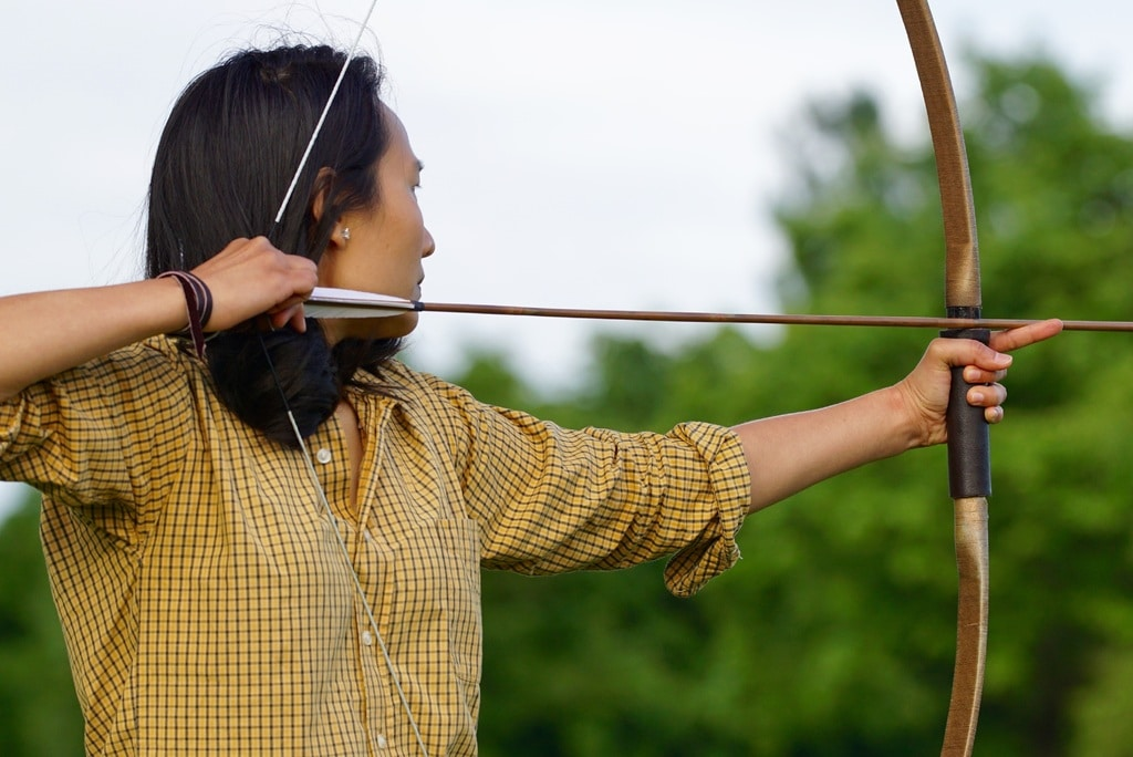 how to tune a recurve bow featured