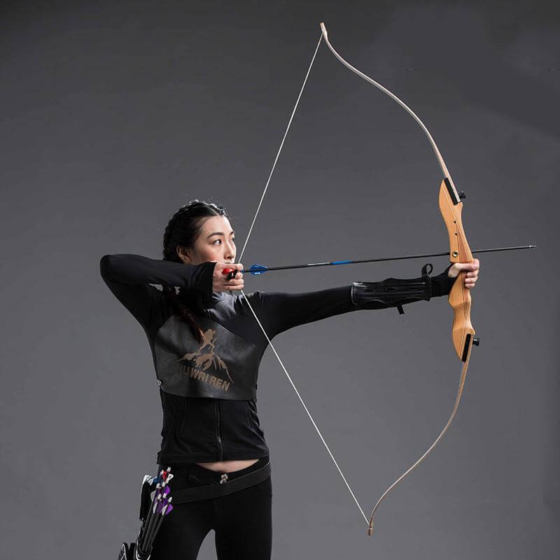 how to aim with a recurve bow